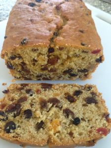Freda's apple & fruit loaf